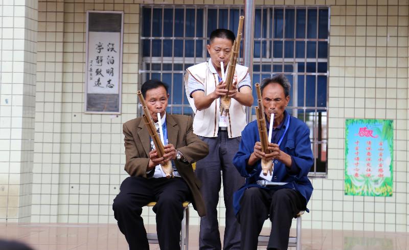 传承本民族文化