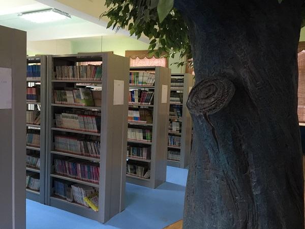案例二、圖書館02