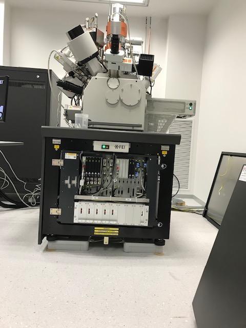 透射电子显微镜主动隔振台.jpg