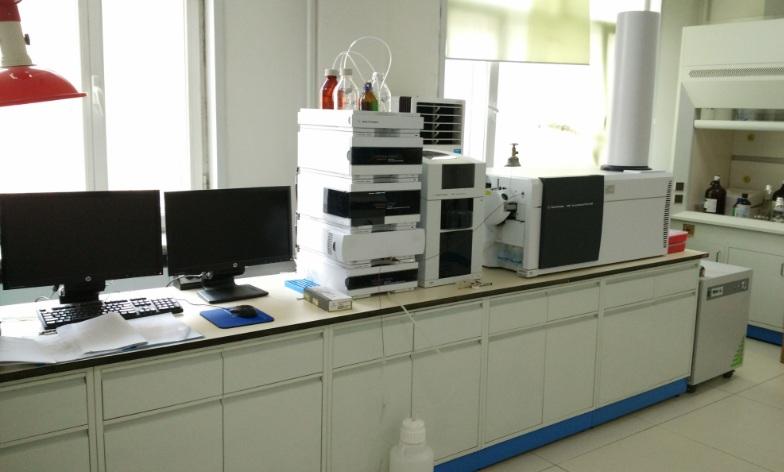 液相色谱-飞行时间质谱联用仪(型号:1260-6530).jpg