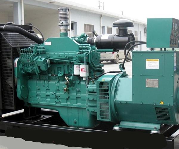 康明斯150KW发电机组.jpg