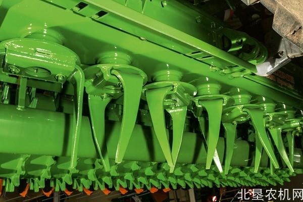阿玛松(AMAZONE)KG系列动力驱动耙